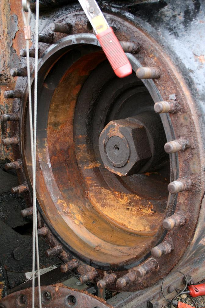 Inside left cylinder as opened..JPG