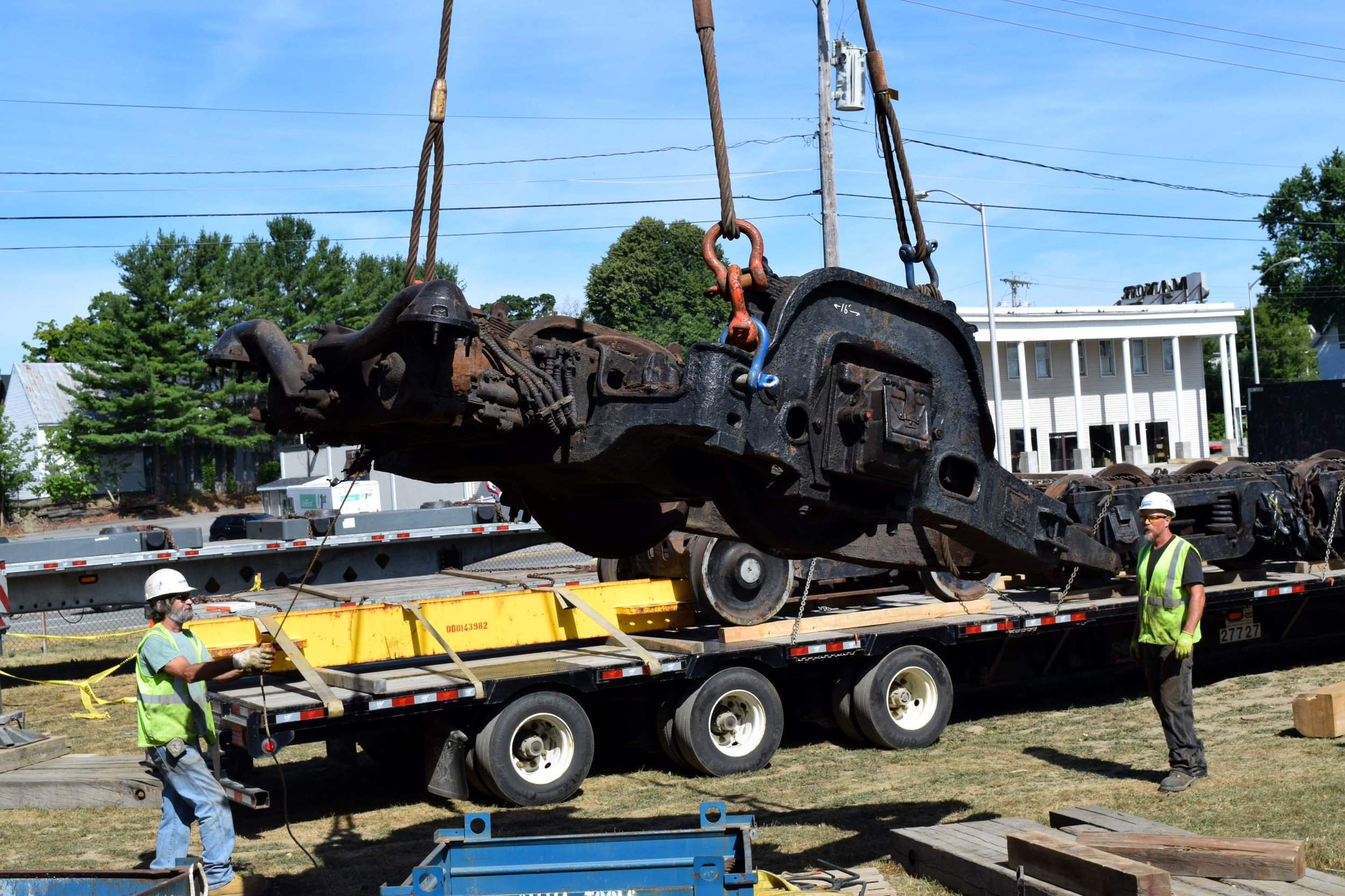 Lifting the booster truck 1.JPG