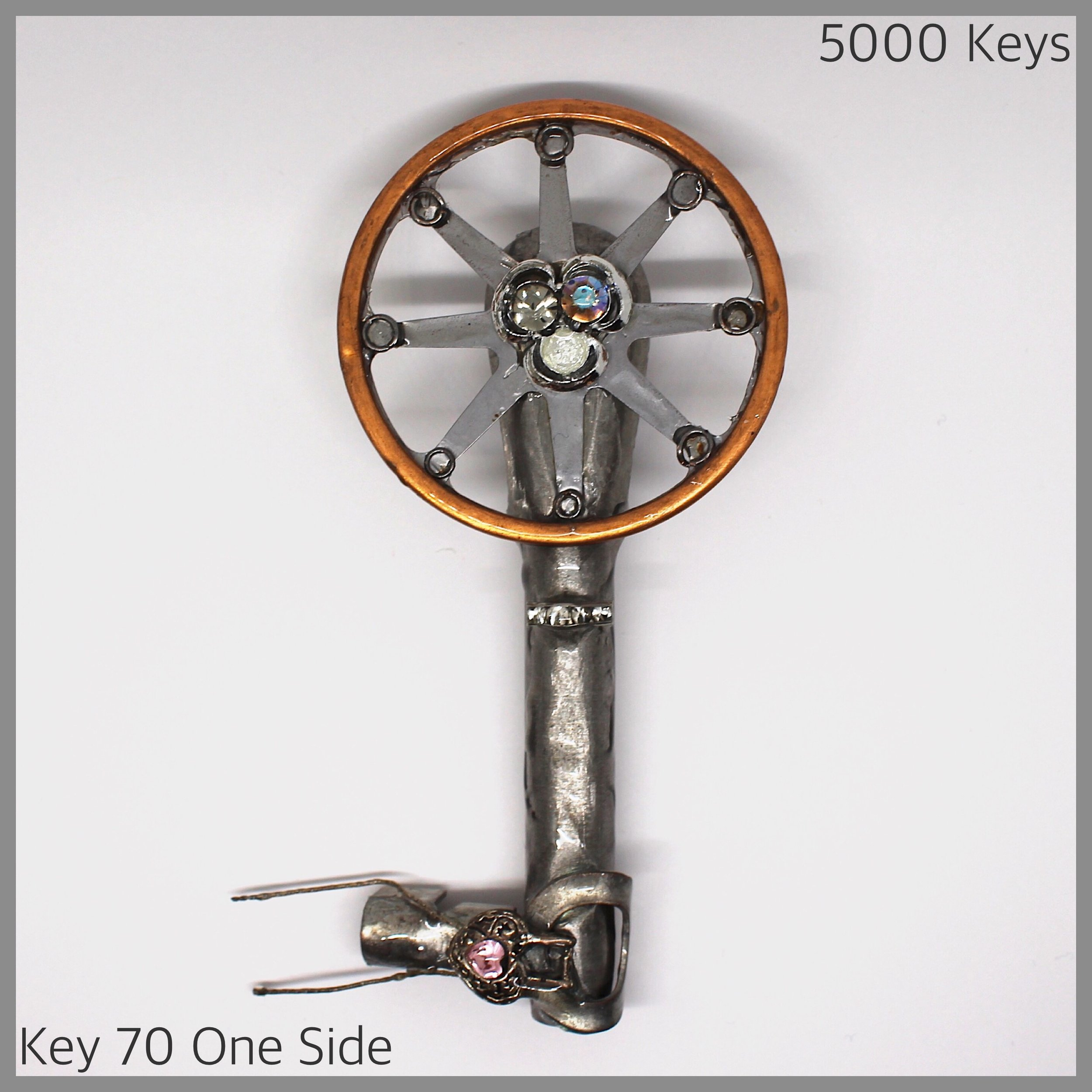 Key 70 one side - 1.JPG