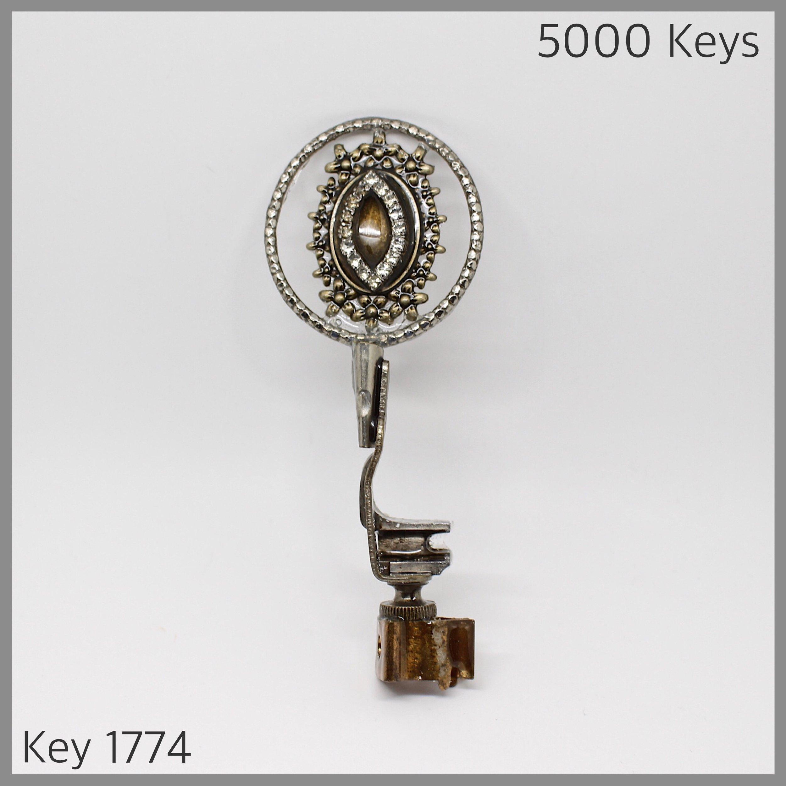 Key 1774.JPG