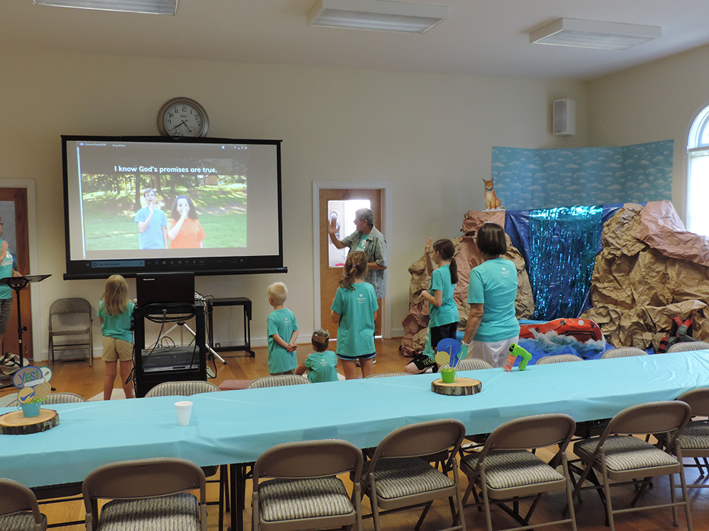 VBS-2018-Cal-and-the-kids-1000.png
