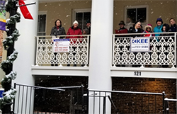 Caroling-Downtown-Winchester-Dec2017-2.png