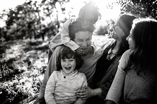 One of my favs 😂 . . . . . . . . .  #letthemexplore #dearphotographer #dpmagfaves #lookslikefilm #wildandbravelittles #the_camera_clique #thefamilynarrative #lookslikefilmkids #littleandbrave #beunraveled #massachusettsphotographer #newenglandphotographer #clickinmoms #cameramama #candidchildhood #thelifestylecollective #lifewellcaptured #thesincerestoryteller #lifestylephotographer #lifestylephotography #inhomesession #unraveledacademy #clickmagazine