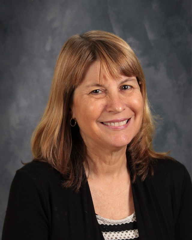 Ms. Laurie McRae   FLVS Support/Academic Counselor (Ext. 281)