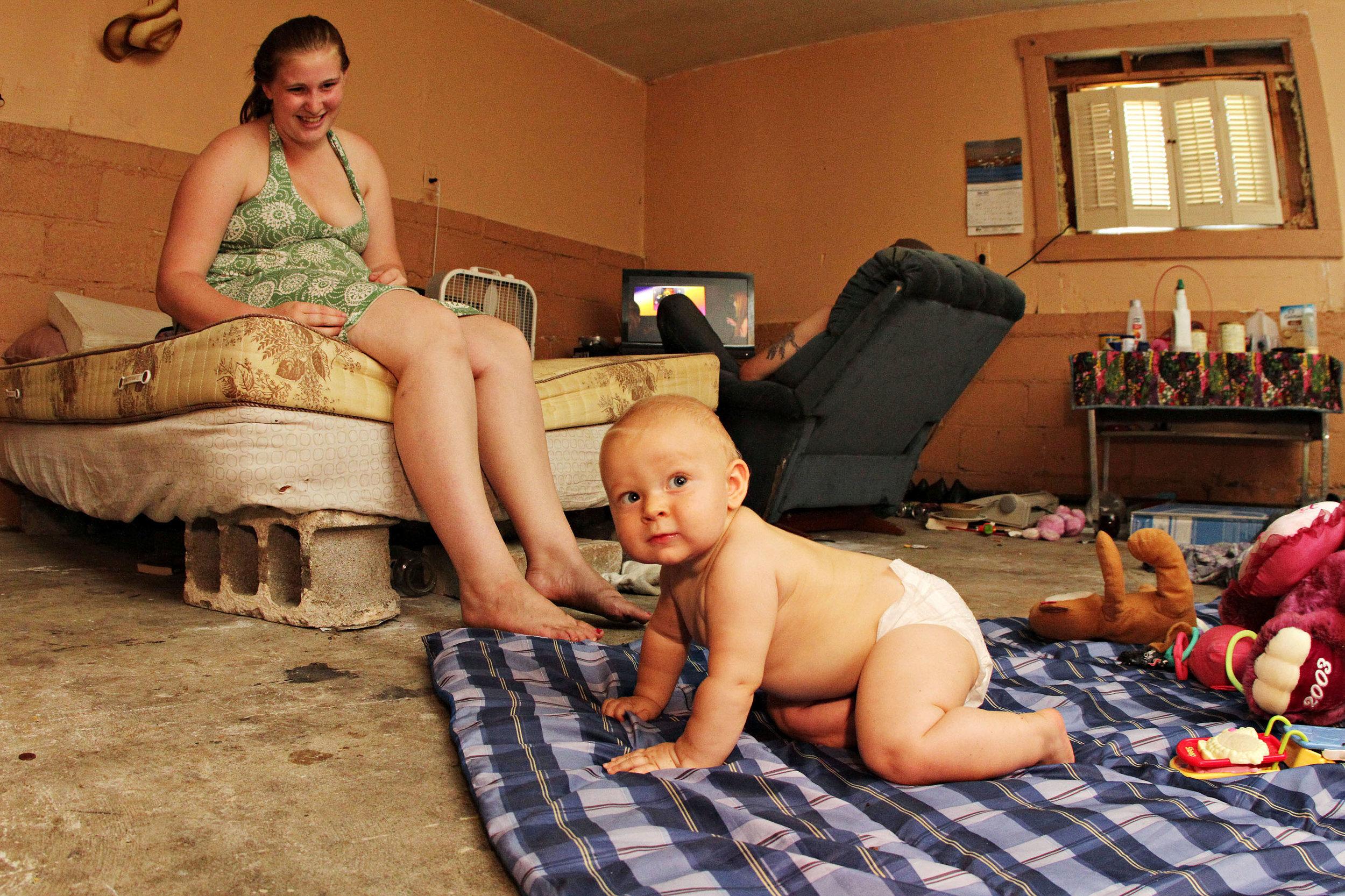 012_20120720_child_poverty.jpg