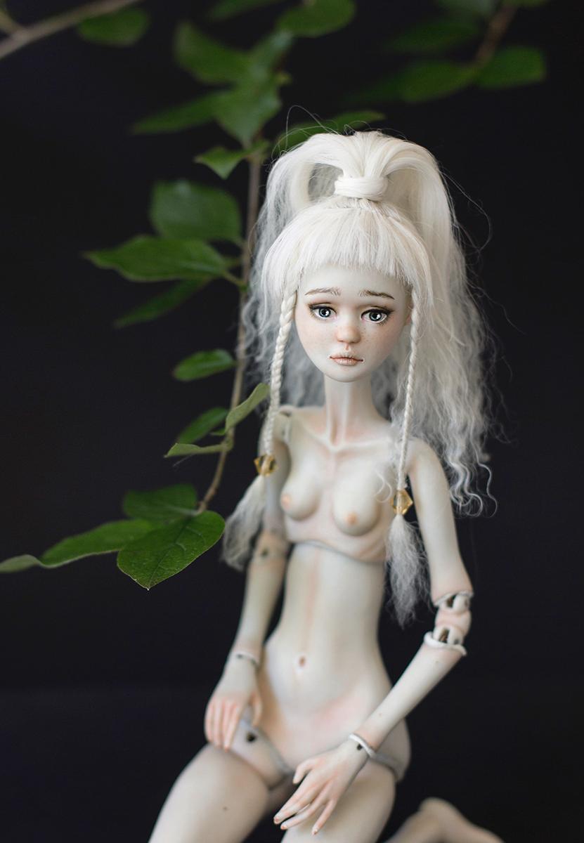 porcelain bjd fern flower.png