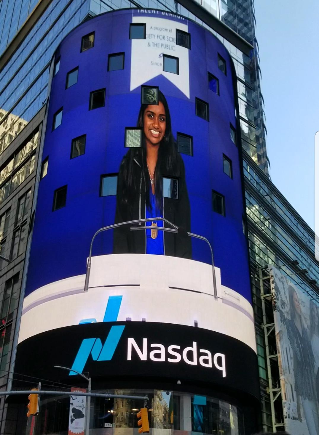 Rang NASDAQ Closing Bell