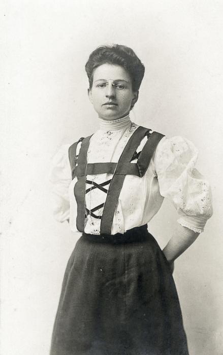 Cousin Viola