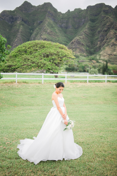 Kualoa_Ranch_Bridal_Portait_Wedding.jpg