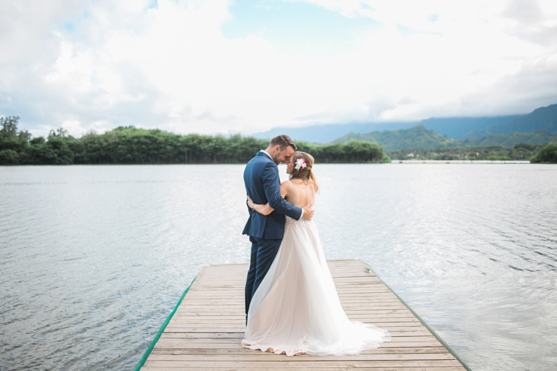 Kualoa_Ranch_Destination_Wedding_Modern_Photo_0033.jpg