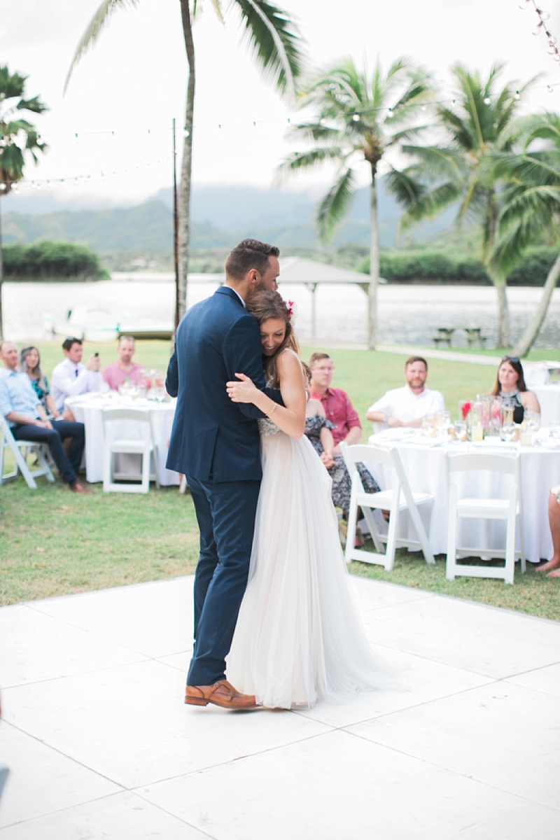 Kualoa_Ranch_Destination_Wedding_Modern_Photo_0042.jpg