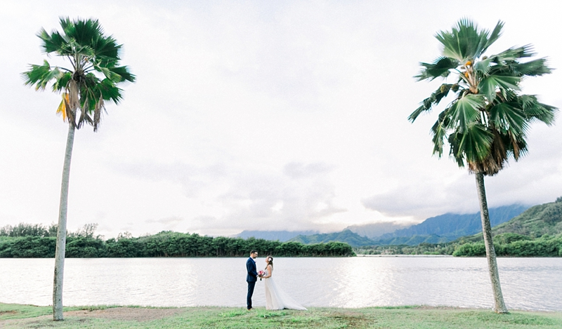 Kualoa_Ranch_Destination_Wedding_Modern_Photo_0001.jpg