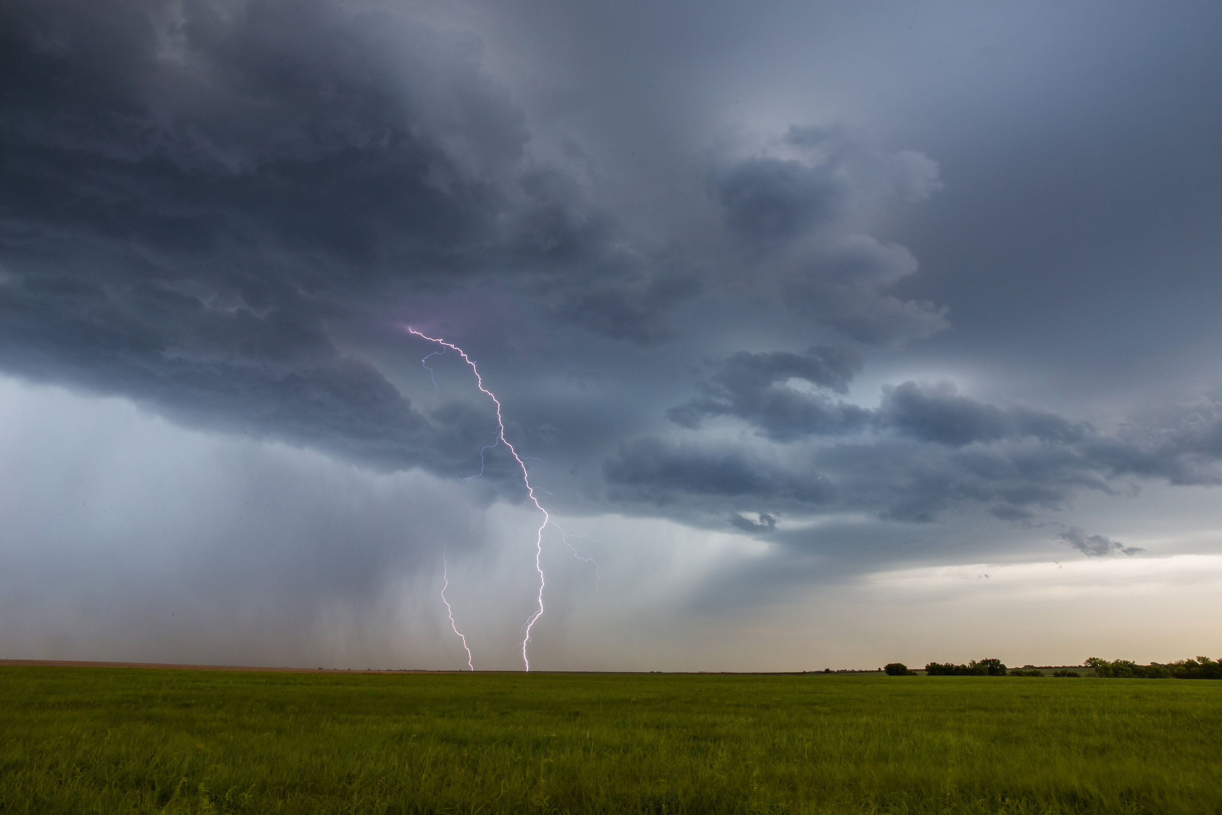 Grasslands Lightning