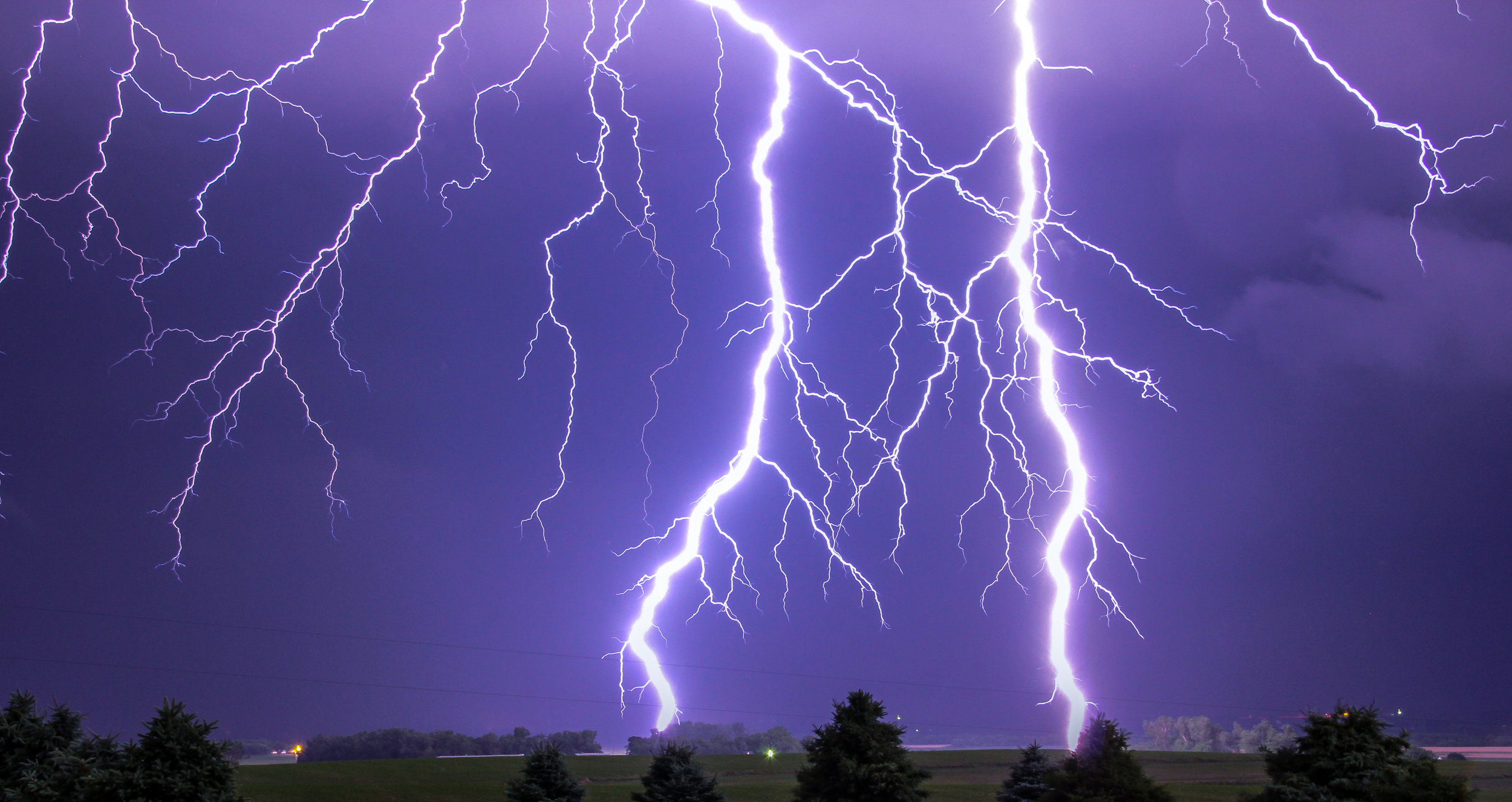 Lyons, NE Lightning