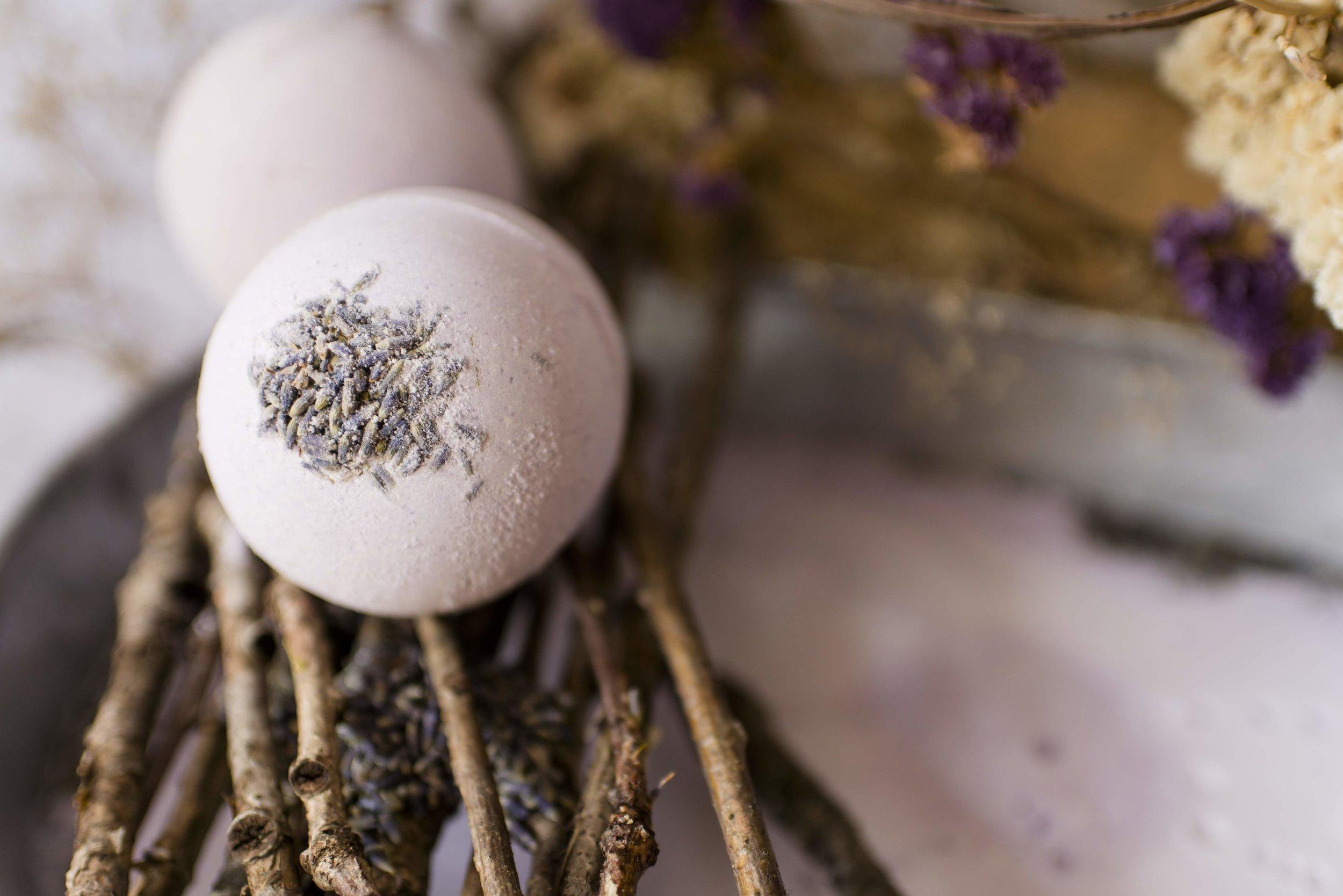 bath bomb lavender citrus2.jpg
