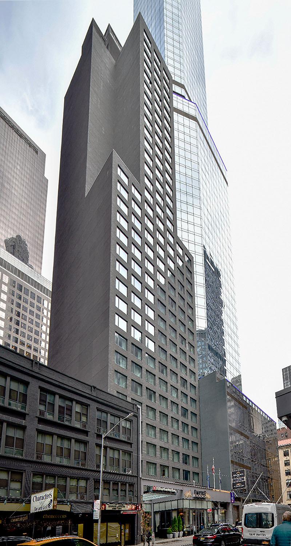 Hilton Garden Inn  237 W 54th Street