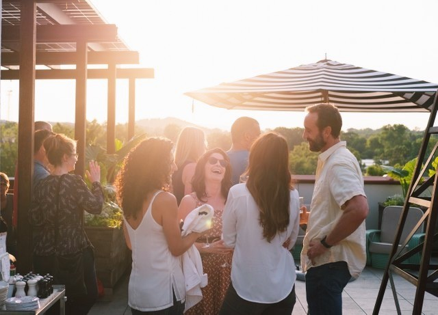 June is here and we're feelin'💃 ⠀ There's so much to look forward to this week, including the House Party on Friday - let loose and celebrate our 2nd anniversary with us in style. See you then 😉 📸 @bishoto —⠀ #joincommonhouse #rooftopbar #cville #richmond #happymondays