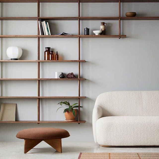 hello spring cleaning! a gloomy day calls for some feng shui and we're here to inspire you with some fresh new minimalistic looks. natural elements are in, but so is organization. keep your space clean with some on-the-wall shelving units to keep all clutter off and away from the ground. we're loving the colours and set up in this living room! what will you be adding/removing from your space this spring? — #inspiration #homeinspo #springcleaning #organization #natural #minimalistic #newhome #interiordesign #homeideas #realestate #themaisongroup