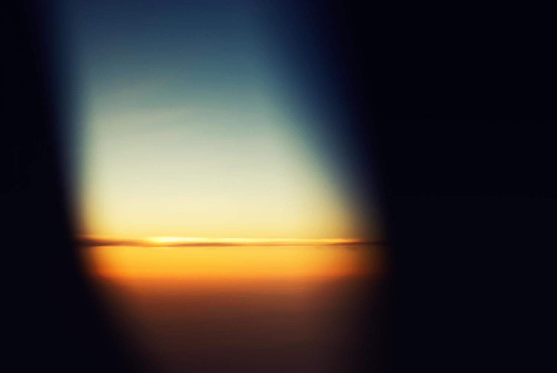 aloneinflightsm.jpg