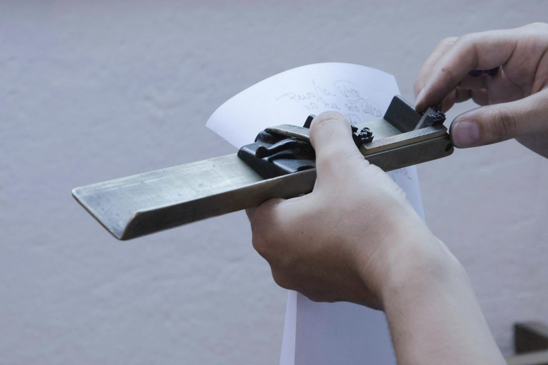 1-taller-letra-por-letra-papel-principal-letterpress-imprenta-tipografica-1.jpg