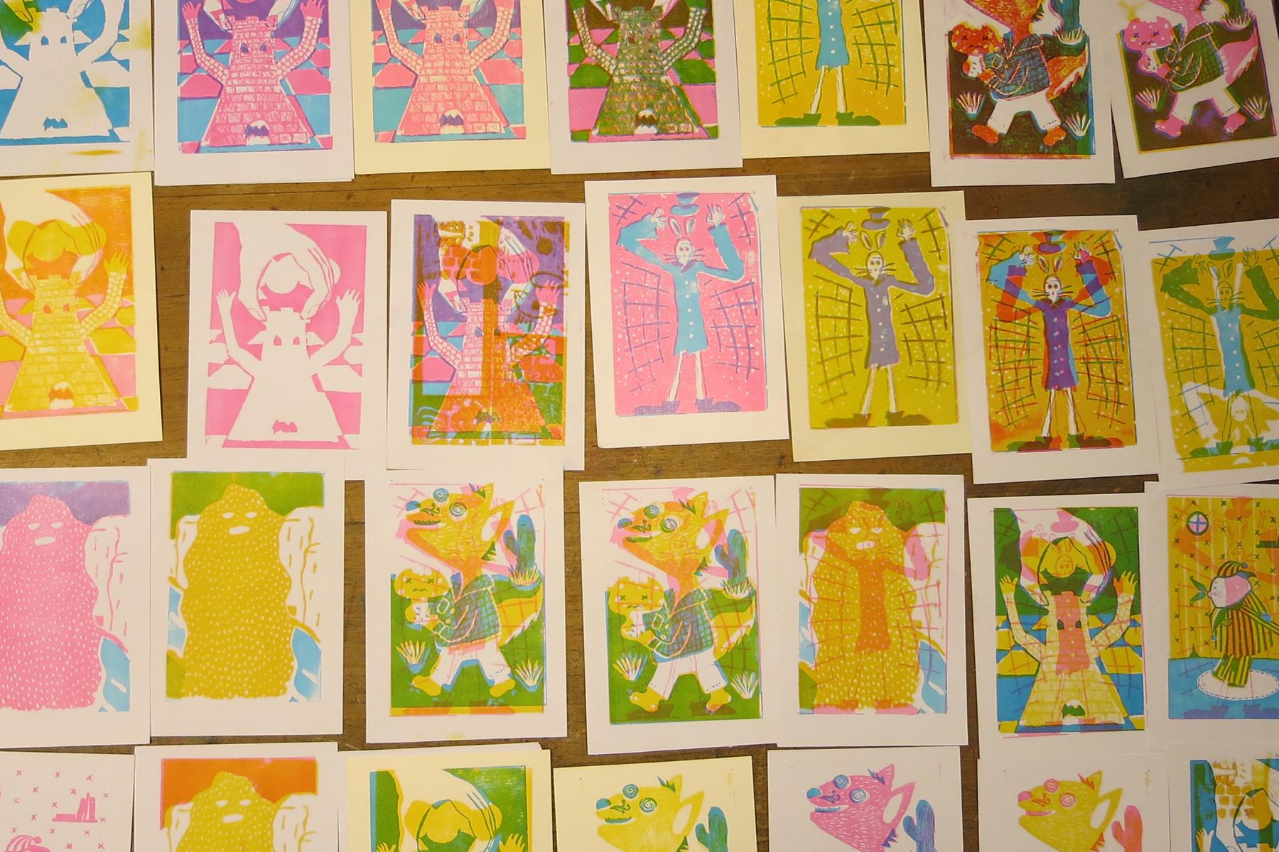 14-iluspress-ilustracion-fotopolimeros-grabado-taller-letra-por-letra-papel-principal-letterpress-imprenta-tipografica-1.jpg