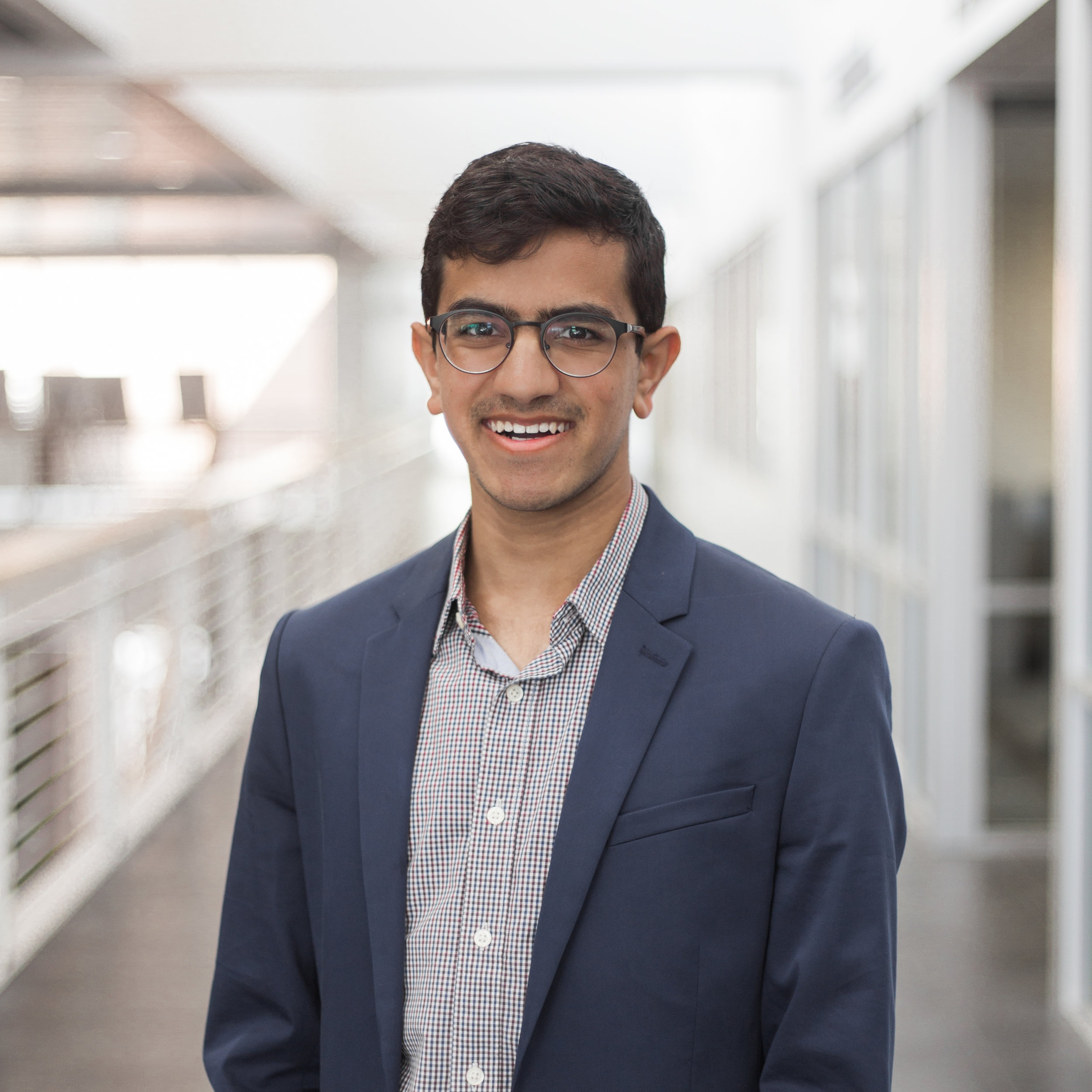Dhruv Methi - AnalystBSB '21, Management Information Systems and Computer Science