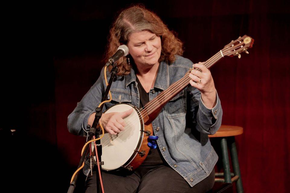 Playing my replica Levi Brown 1858 minstrel banjo, made by Jim Hartel.