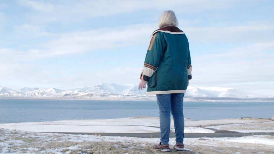 ragga_on_her_fjord_copy-h_2019.jpg