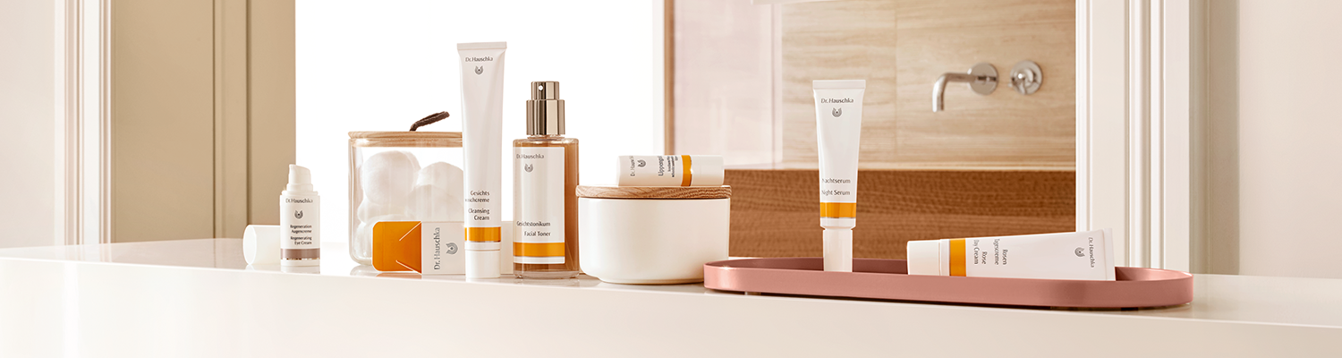 Dr. Hauschka Face Care - Naturally beautiful. Effectively nurtured. -