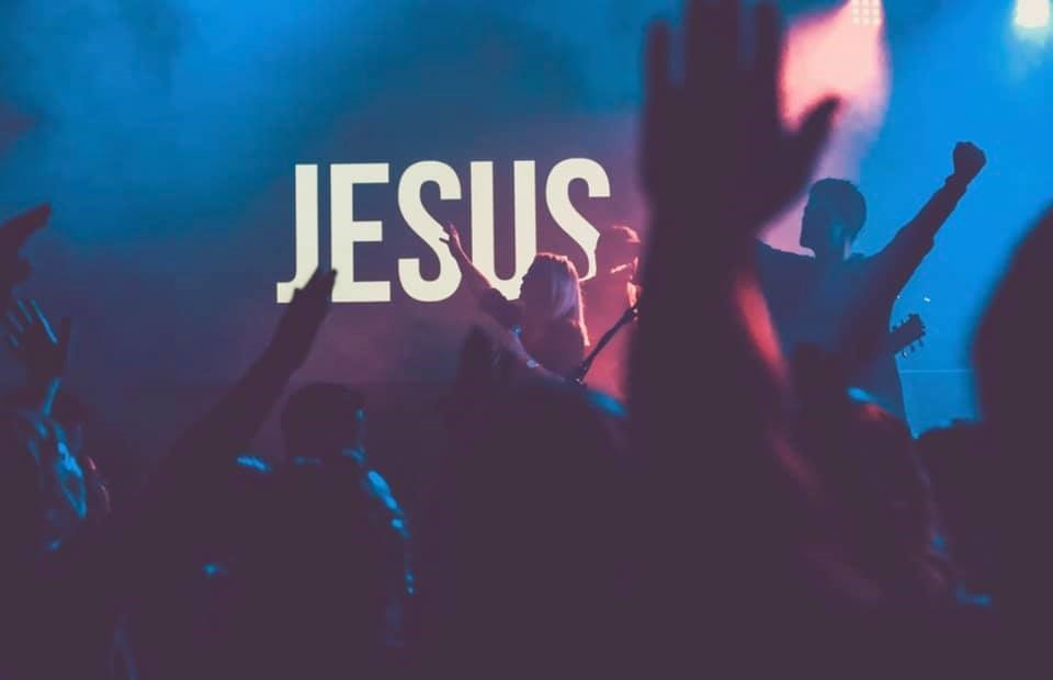 FUSION LIFE STUDENTS OVERVIEW - • Come connect with students in sixth through twelfth grade.• Main Students Service: Sunday's @ 6:30pm- doors open at 5:30pm• Worship Experience: Sunday @ 10:00am in Worship Center• Discipleship Small Groups: Wednesday's @ 7pm upstairs East wing in room E203• Connect Small Groups: Are scheduled on Sunday nights during our main students service.