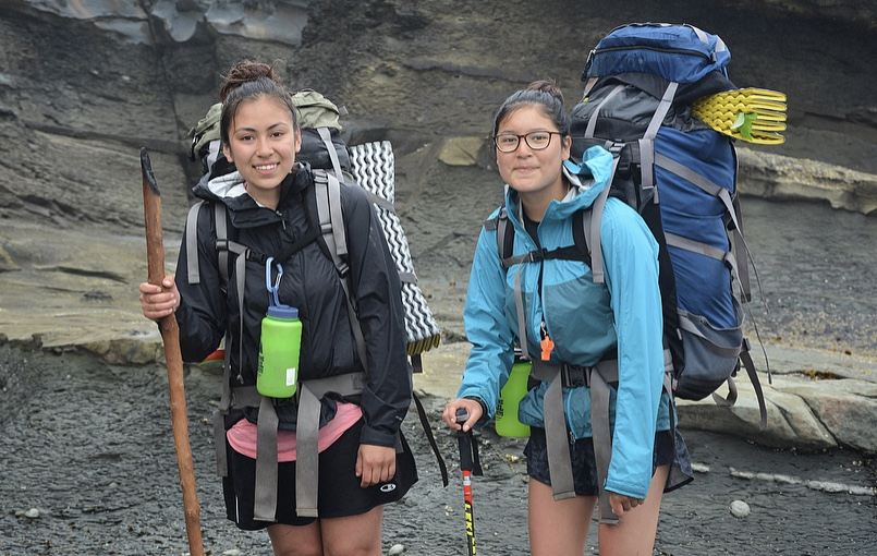Ten-day spring backpacking expedition along the West-Coast trail