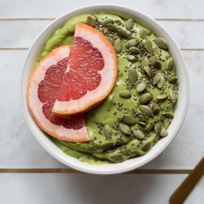 Microgreen Smoothie Bowl -