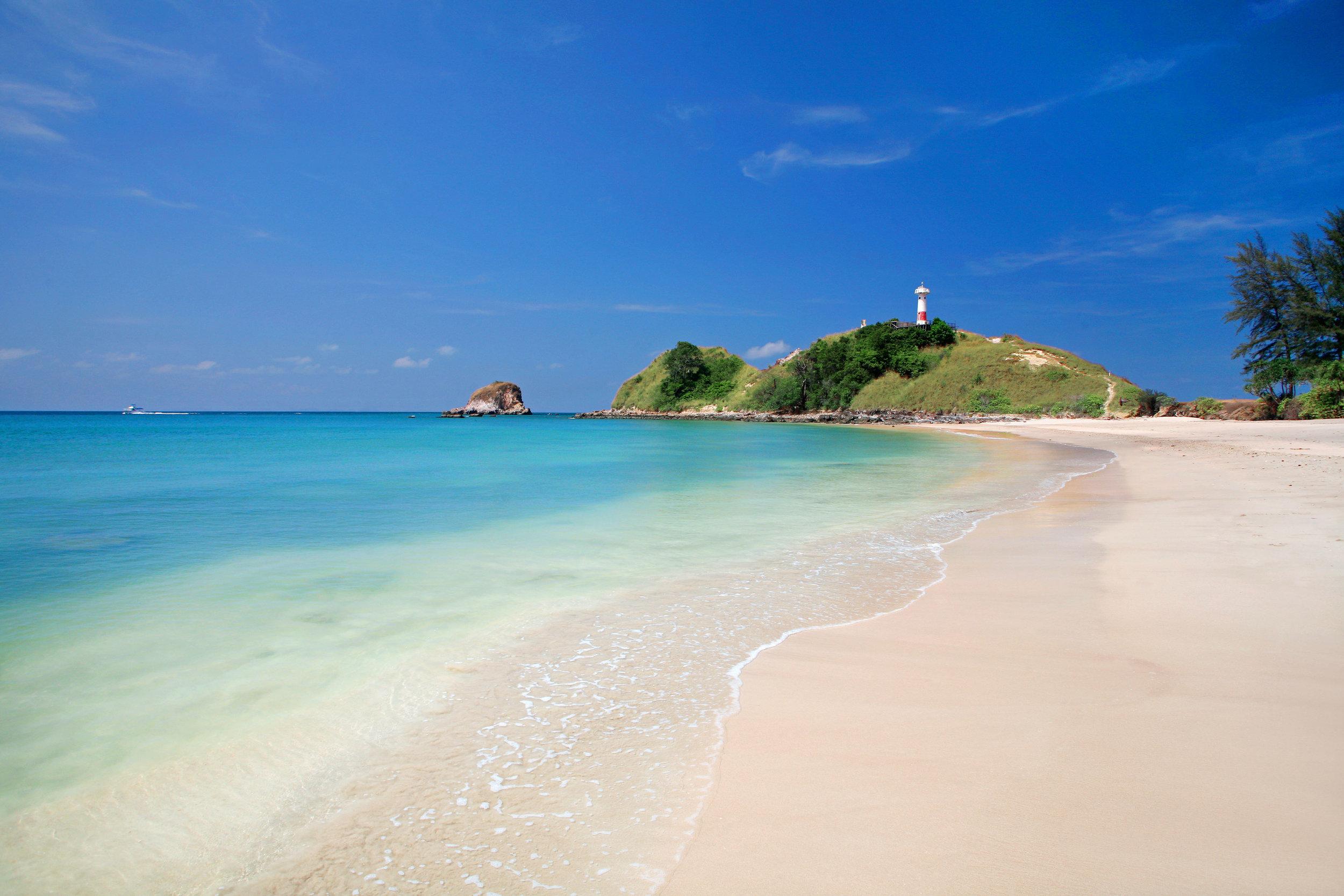 Koh-Lanta-lighthouse.jpg