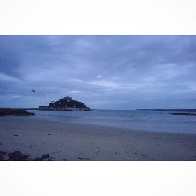 The days end.... Rain clouds gathering over Cornwall.  #cornwall #marazion #windscreen #digitalnomad #travelandwork #hymer #motorhome #wildcamping #todaysoffice #travelphotography