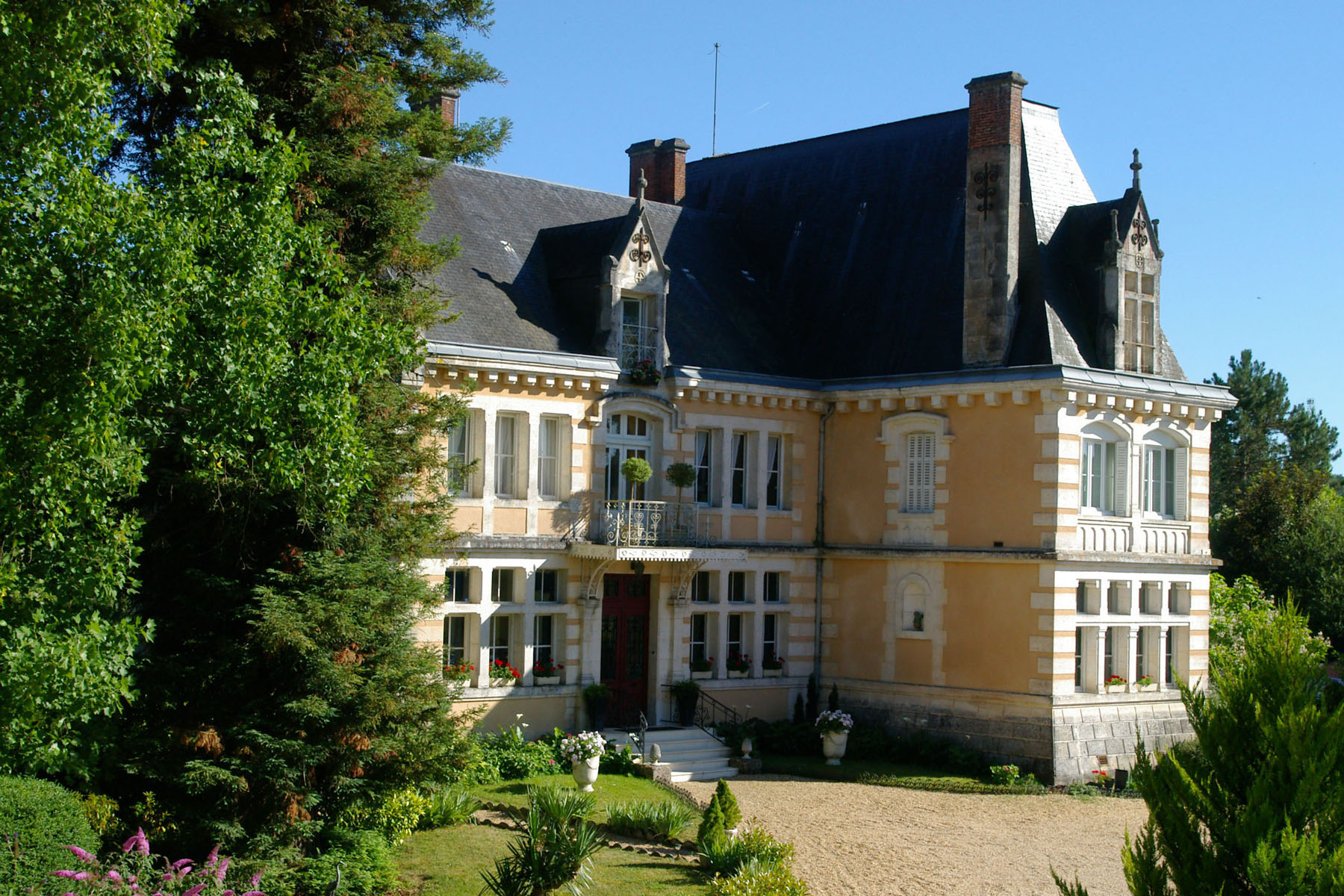From your adventure in Portugal to the French countryside - Click here for more information about a vacation in France