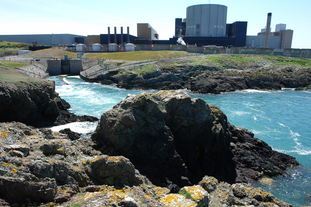 Outfall_from_Wylfa_Power_Station_-_geograph.org.uk_-_668216.jpg