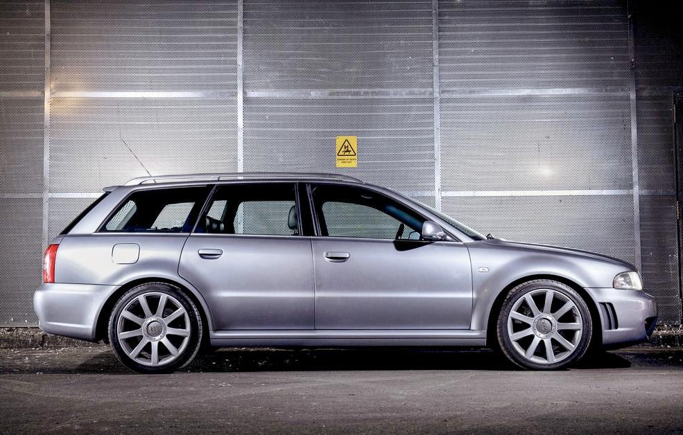 Audi_RS4_1.png