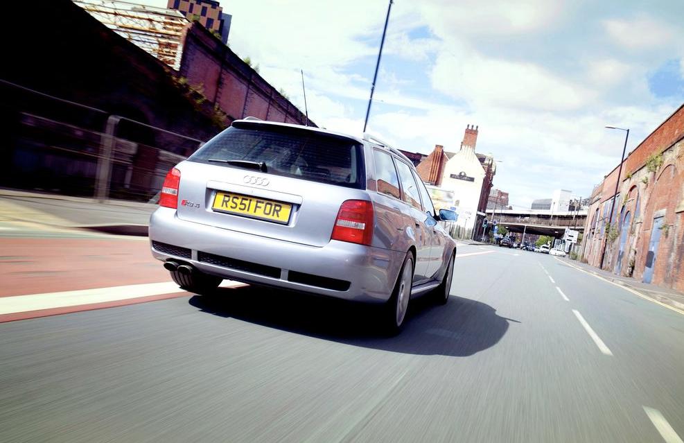 Audi_RS4_5.png
