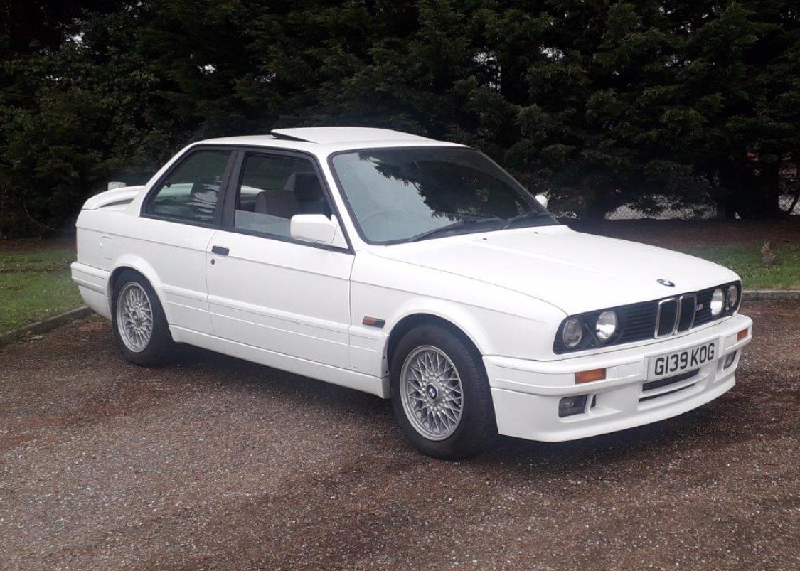 BMW 325i.png