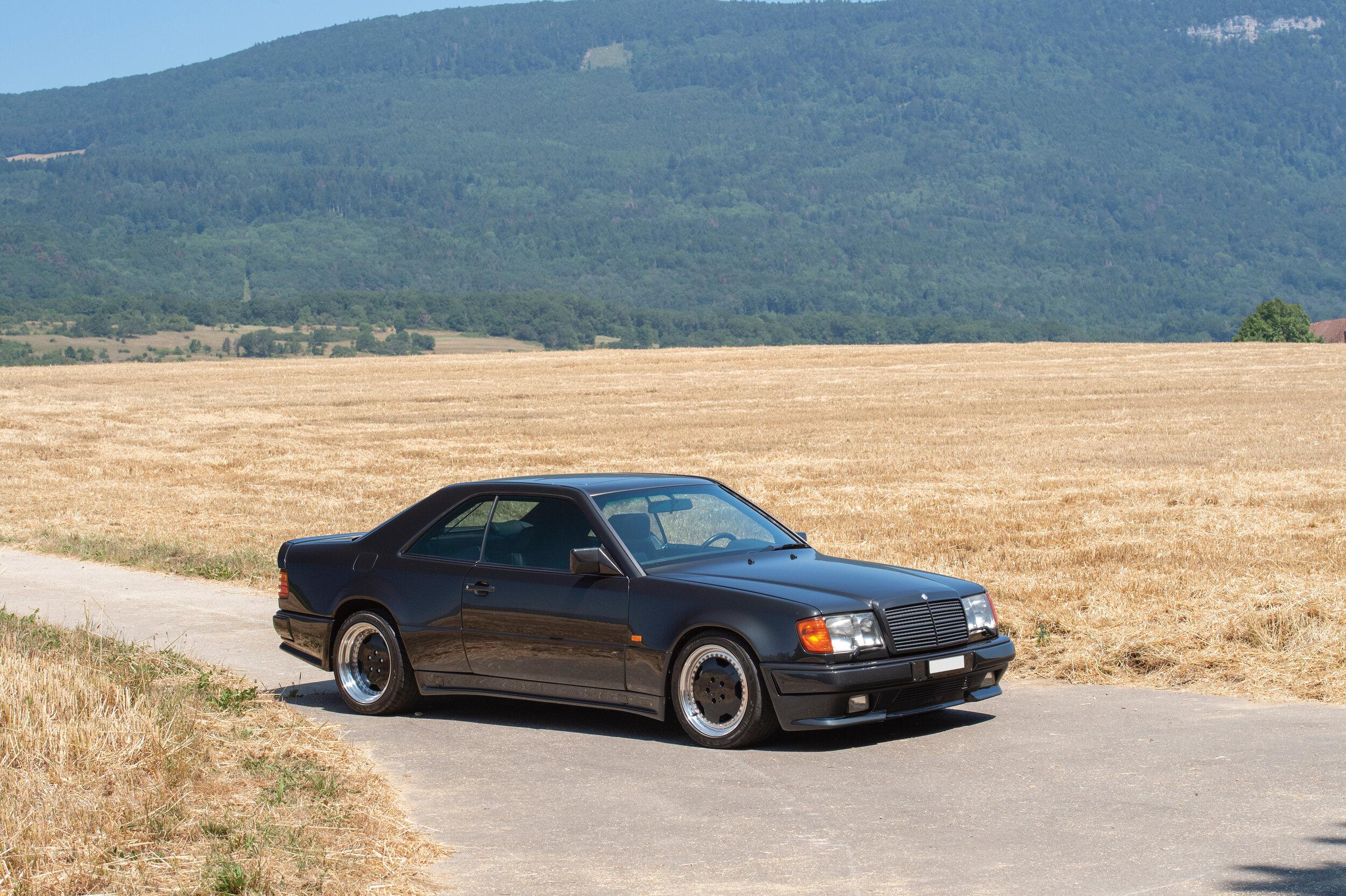 1992-Mercedes-Benz-300-CE-6-0-AMG--Hammer--_0.jpg