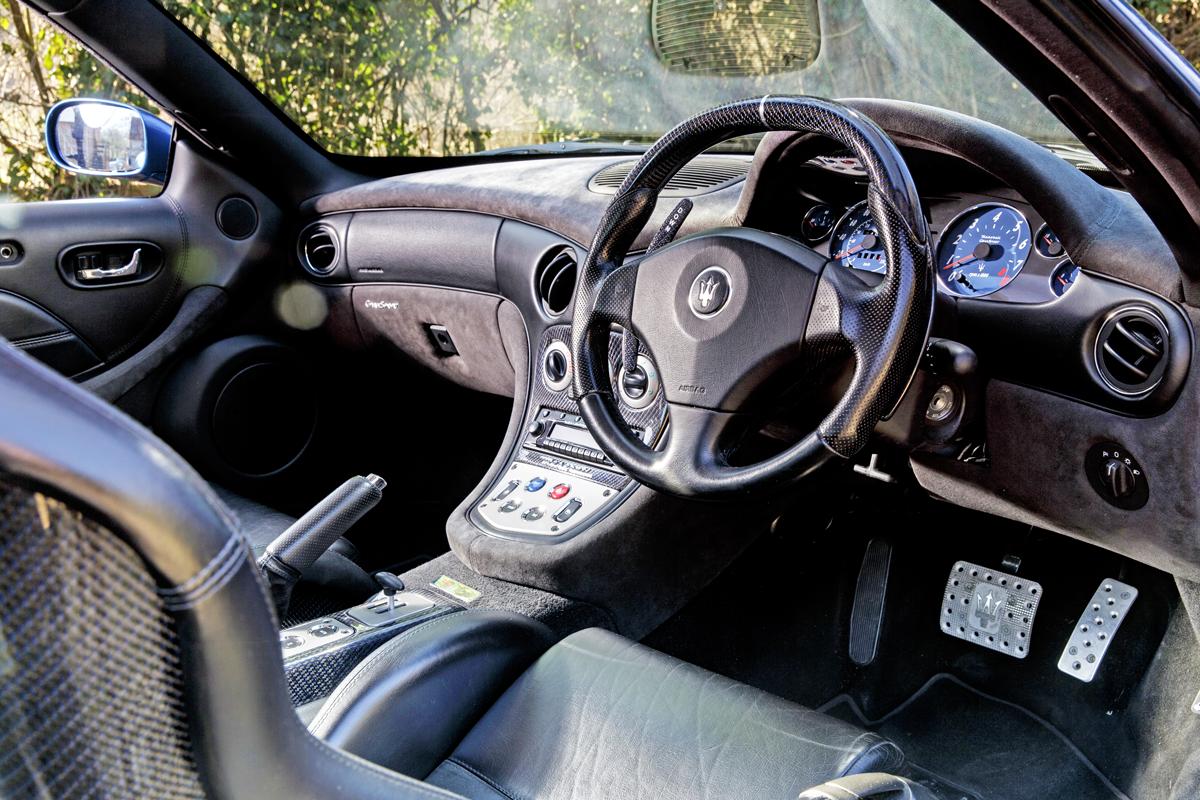 Maserati_Interior.png