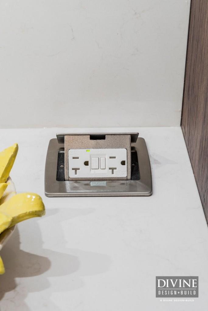 modern kitchen outlets