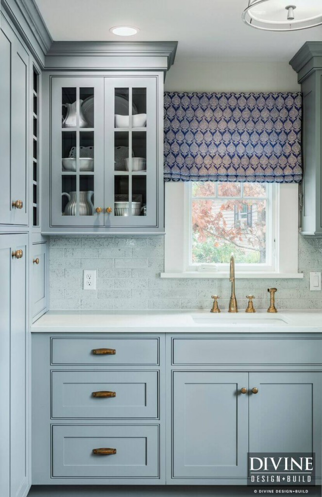 Cape Cod Kitchen - Butlers Pantry