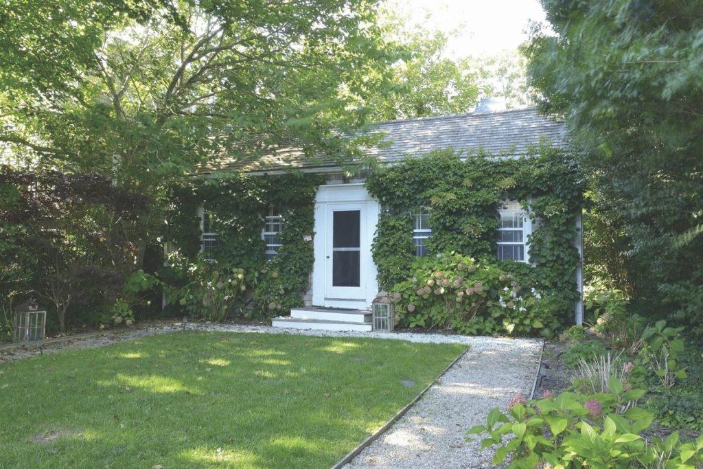 nantucket cottage for sale