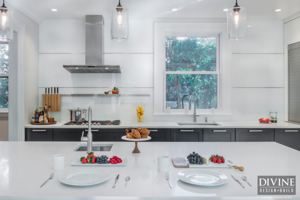 glass kitchen backsplash ideas 2