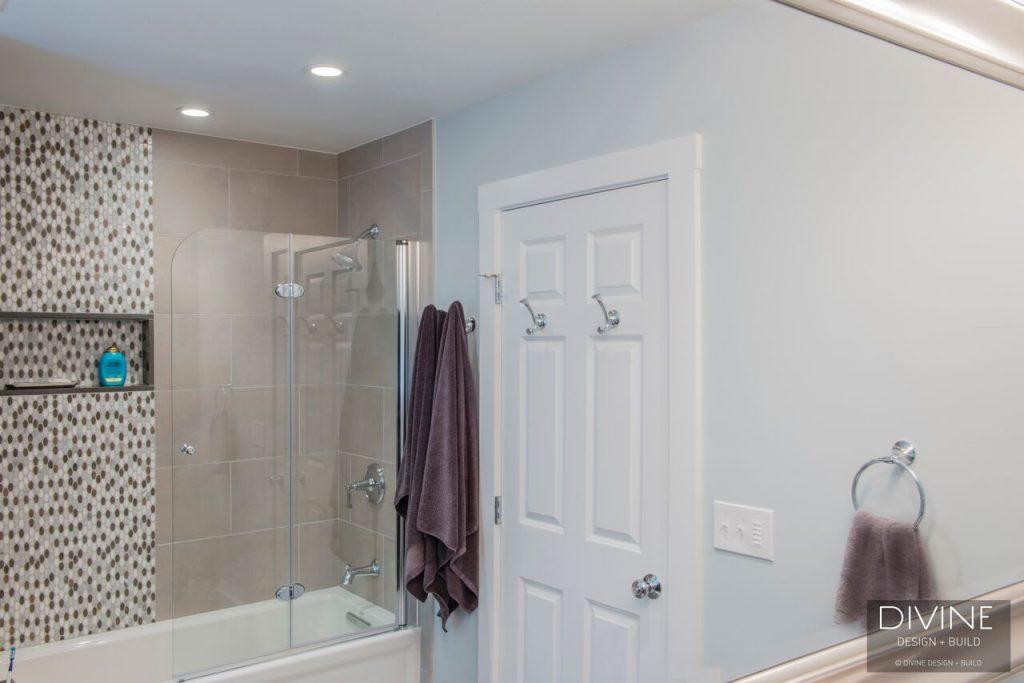 small-bathroom-design-1