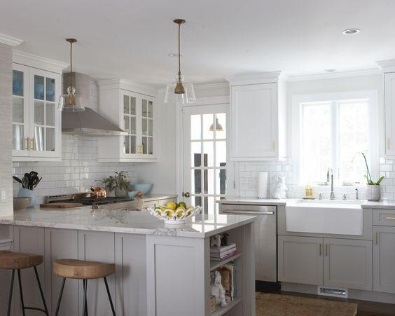 erin-gates-blogger-kitchen.jpg