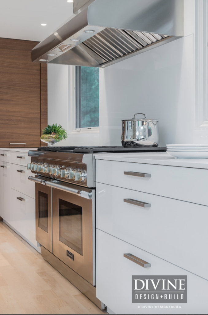 contemporary-wood-white-kitchen8-678x1024.png