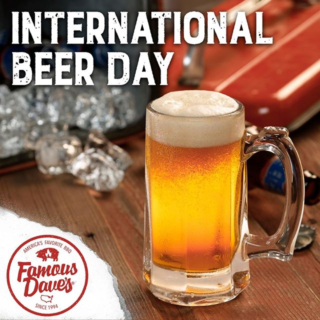 What better way to celebrate International Beer Day than with a cold one and some smokin' hot que on a Friday?! #FamousDavesBBQ #FamousDavesQue #FamousDaves #FamousQue #FamousBBQ #BrewAndQue #BrewAndBBQ #Beer #InternationalBeerDay #BeerDay #BBQ #FamousFood #FamousNoms