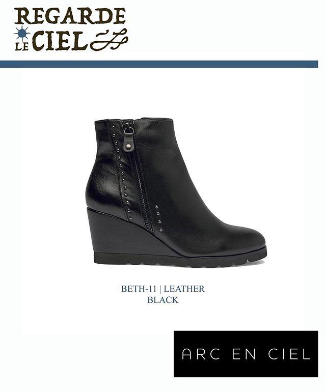 ✅Les bottines Beth de chez @regardelecielcollection sont la parfaite touche de féminité pour passé un hivers comfortable et chic 🔥! Disponible en ligne sur notre eshop :  Www.arcencielshop.fr👌  #chaussures #bottines #compensé #love #nouvellecollection #girl #shoes #insta #bestoftheday #picoftheday #nice #beauty #shopping #followforfollowback #follow4followback #fff #f4f #bestever #instashoes #instapic #beautiful #f #sunday #mood
